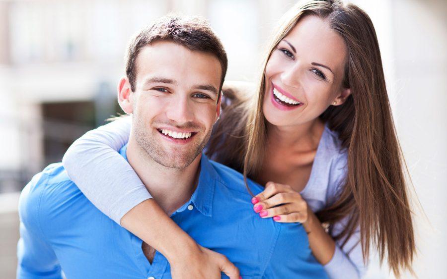 Возраст супругов не менее 21 года