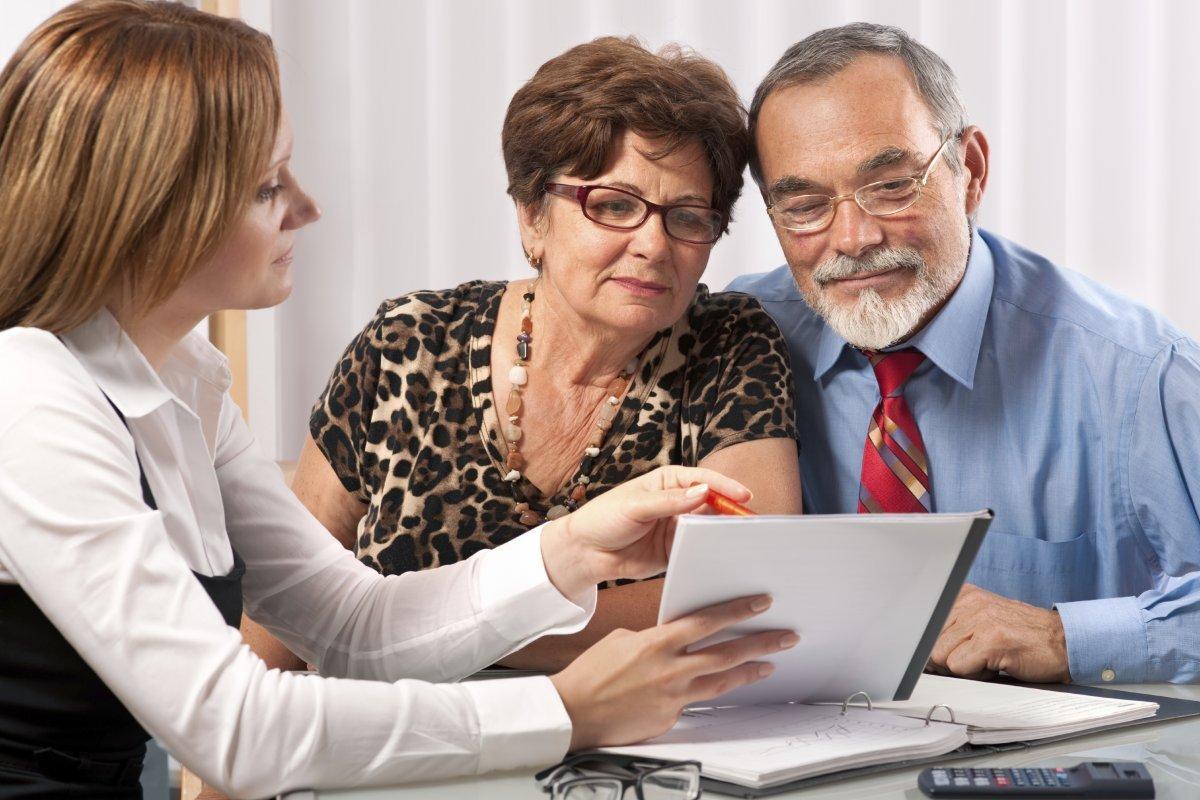 Часть пенсионеров переводят пенсию на Сбербанк